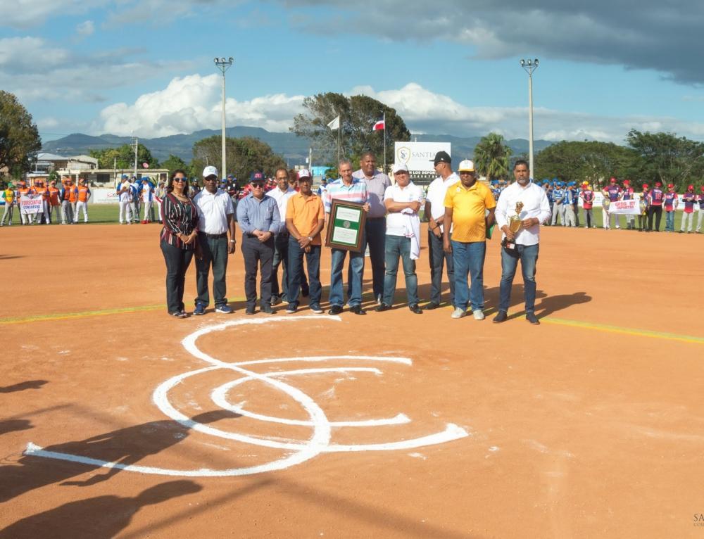 Fotos de Inauguración del XVII Torneo Oficial de Softball