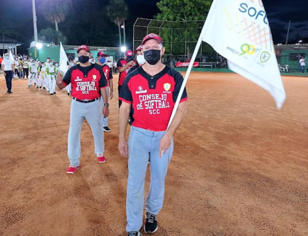 Apretada final de softbol, siguen otras disciplinas en Olimpiadas Country 90º aniversario Santiago Country Club